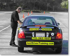 Driver Education is offered at E-Z Way Driver Training Jackson Kalamazoo Battle Creek Michigan Weather/Emergency Cancellation Info - In the event of severe weather, power outages or other emergency situations, E-Z Way Driver Training will follow the host building guidelines.